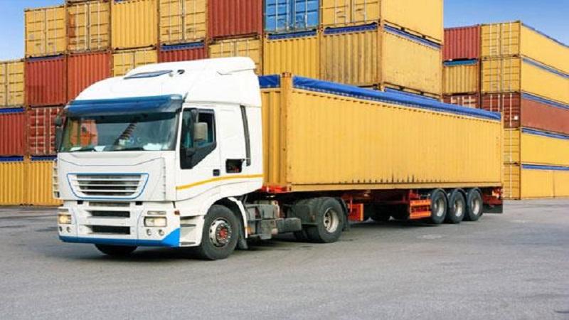 Hàng hóa được vận chuyển nhanh chóng
