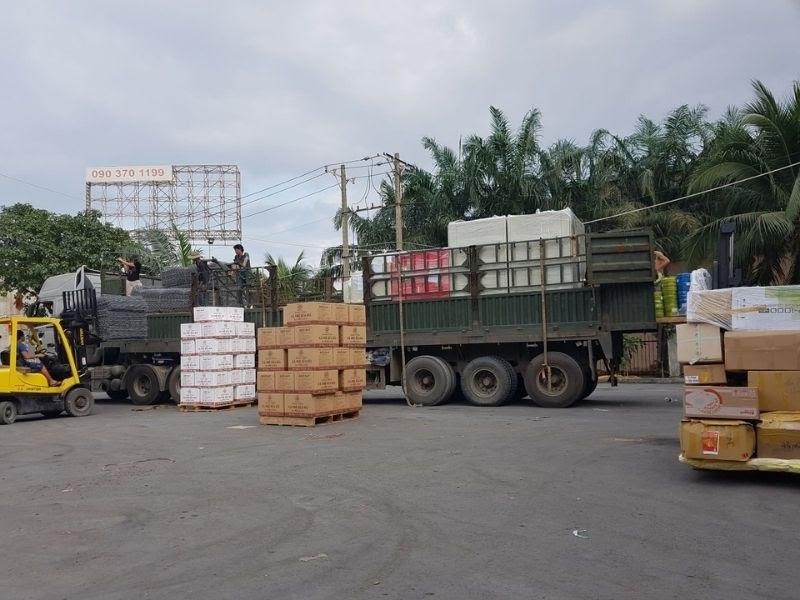 Vận chuyển hàng hóa đến nơi cho khách hàng một cách nhanh chóng