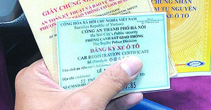 Trước 30/6/2013, nộp phí đăng kiểm bạn chỉ cần mang theo đăng ký xe và giấy đăng kiểm